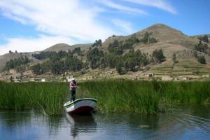 Auf dem Titicaca-See