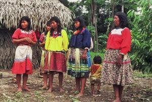 Frauen der Siona-Gemeinde