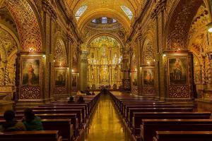 Die Kirche La Compania de Jesus in Quito