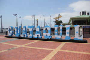 Am Malecon 2000 in Guayaquil