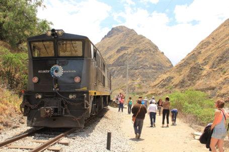Bahn Trenecuador vor der Teufelsnase