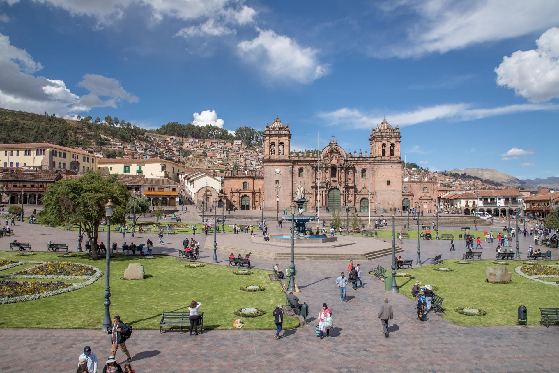 Blick über den Plaza de Armas in Cusco
