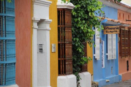 Bunte Häuser in Santa Marta