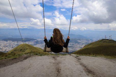 Schaukeln auf dem Pichincha, hoch über Quito