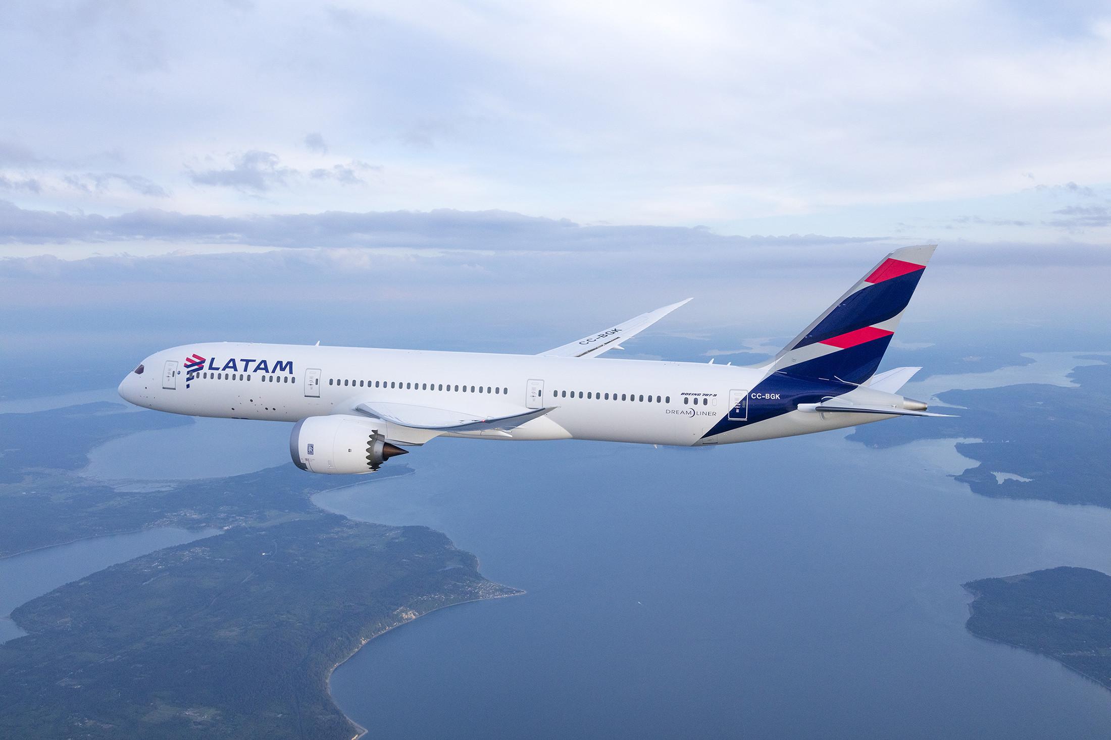 LATAM Boeing 787 Dreamliner