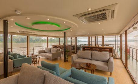 Manatee Amazon Explorer - Lounge