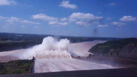 Wasserdamm Itaipu Binacional