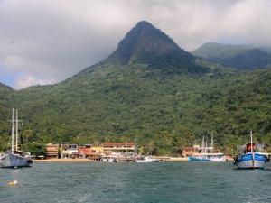 Der Hafen auf Ilha Grande